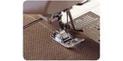 Прямая строчка на швейной машинке: выполнение стежков шва